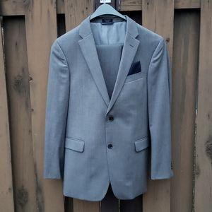 Tommy Hilfiger 100% Wool Suit, light grey, 34R
